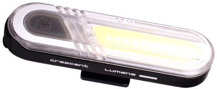Фонарь передний Moon Crescent, 15 диодов, 6 режимов, USBWP_CRESCENT_WФонарь передний Moon Crescent имеет 15 диодов, 6 режимов работы и USB.Особенности: - Матрица из 10 сверх-ярких белых LED светодиодов - Заряжаемая lithium polymer батарея( 3.7V 300mAh) - 6 вариантов работы : / Стандарт / Высоко / Максимум / 50% Вспышка /100% Вспышка /Стробоскоп - Быстросъемное крепление на руль /подседельный штырь ( 22-31.8mm) - Индикатор разряда и полной зарядки аккумулятора - USB зарядка - Функция автоматического отключения при полной зарядке - Боковое освещение - Влагозащищенная
