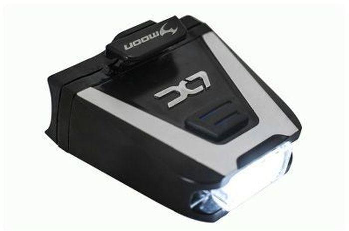 Фонарь передний Moon LX-100, 1 диод 6 режимов, USB72921 сверх-яркая супер белый LED светодиод6 вариантов работы : Стандарт / Высоко / Максимум /Стробоскоп / Мигание /SOSВлагозащищенный / алюминиевый корпусИндикатор разряда и полной зарядки аккумулятораФункция автоматического отключения при полной зарядкеБыстросъемное крепление (20-26mm, 27-37mm )Батарея LiPol (3.7V 550mAh)размер: 46x18x44mm Оптическая линзаБоковое освещение