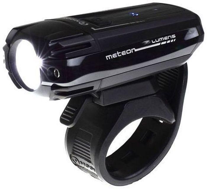 Фонарь передний Moon Meteor, 1 диод, 3 режима, USB, 250 люмен7292Фонарь передний Moon Meteor имеет 1 диод, 3 режима работы и USB.Особенности: 1 CREE XT-E (R5) сверх-яркий LED светодиод Заряжаемая lithium polymer батарея( 3.7V 1200mAh) USB зарядка Влагозащищенная алюминиевая защитная крышка 6 вариантов работы: Максимум/ Низко / Стандарт/ Высоко /Мигание/ SOS Быстросъемное крепление на руль ( 22-31.8mm) Быстросъемное крепление на шлем Функция автоматического отключения при полной зарядке Четкие оптические линзы