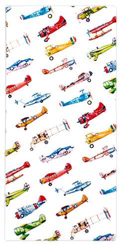 Обложка для документов Kawaii Factory Airplanes, цвет: белый. KW066-000017KW066-000017Практичная обложка для путешествий от Kawaii Factory Airplanes выполнена из легкого и прочного ПВХ, который надежно защищает важные документы от пыли и влаги. Рисунок нанесен специальным образом и защищён от стирания.Изделие раскладывается пополам. Внутри размещены два прочных вертикальных кармана из ПВХ для билетов, документов, посадочных талонов и денег, 4 прозрачных кармашка из ПВХ для карточек и разных мелочей, один из которых закрывается клапаном.