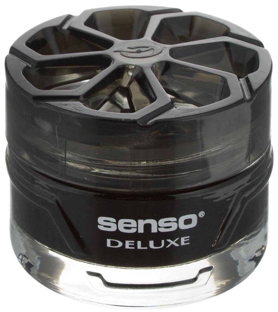 Ароматизатор автомобильный Dr.Marcus Senso Deluxe. Black, гелевый, 50 млCA-3505Ароматизатор автомобильный Dr.Marcus Senso Deluxe. Black эффективно устраняет неприятные запахи и придает легкий приятный аромат. Сочетание формулы геля с парфюмами наилучшего качества обеспечивает устойчивый запах. Кроме того, ароматизатор обладает элегантным дизайном, поэтому будет гармонично смотреться в салоне любого автомобиля. Благодаря удобной конструкции, его можно установить в любое место, например, на панель, под сиденье или в двери. Чтобы закрепить ароматизатор, необходимо использовать вложенный пластырь. Рекомендуется наклеивать пластырь на чистую поверхность. Ароматизатор имеет продолжительный срок службы - до 75 дней. Его можно использовать не только в автомобиле, но и в домашних условиях.