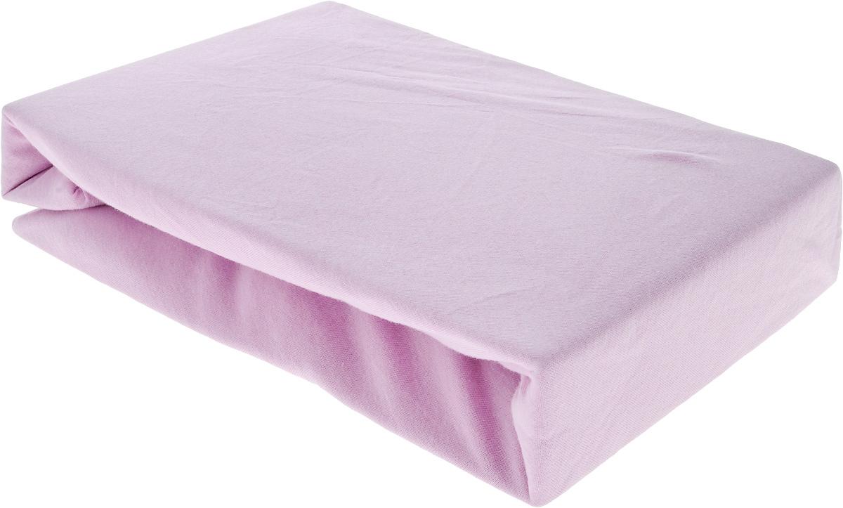 Простыня на резинке Sova & Javoronok, цвет: розовый, 160 х 200 смWUB 5647 weisПростыня на резинке Sova & Javoronok, изготовленная из трикотажной ткани (100% хлопок), будет превосходно смотреться с любыми комплектами белья. Хлопчатобумажный трикотаж по праву считается одним из самых качественных, прочных и при этом приятных на ощупь. Его гигиеничность позволяет использовать простыню и в детских комнатах, к тому же 100% хлопок в составе ткани не вызовет аллергии. У трикотажного полотна очень интересная структура, немного рыхлая за счет отсутствия плотного переплетения нитей и наличия особых петель. Благодаря этому простыня отлично пропускает воздух и способствует его постоянной циркуляции. Поэтому ваша постель будет всегда оставаться свежей. Но главное и, пожалуй, самое известное свойство трикотажа - это его великолепная растяжимость, поэтому эта ткань и была выбрана для натяжной простыни на резинке.Простыня прошита резинкой по всему периметру, что обеспечивает более комфортный отдых. Она прочно удерживается на матрасе и избавляет от необходимости часто ее поправлять.
