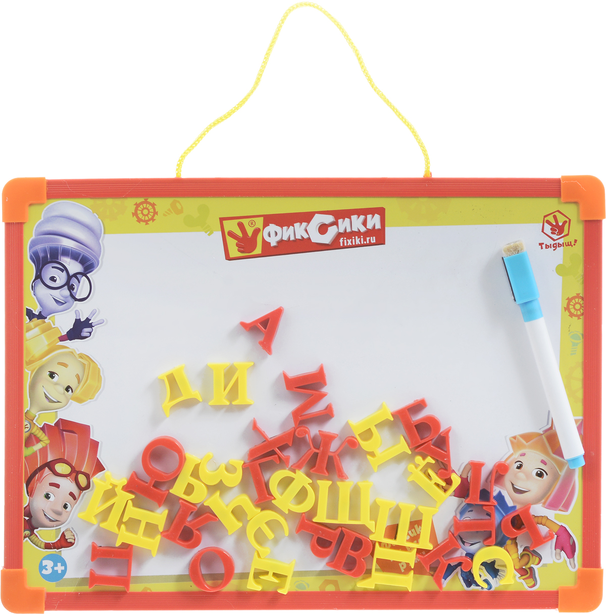 Играем вместе Магнитная доска ФиксикиFS-00897Магнитная доска Фиксики - обучающая принадлежность, без которой сегодня не обойтись. На ней можно как рисовать или писать, так и раскладывать магнитные элементы. В комплекте с доской имеется стирающийся маркер и набор букв на магнитиках, при помощи которых ребенок сможет самостоятельно составлять слова. Маркер позволяет ребенку закрепить в памяти полученное знание о новой букве и научиться писать ее. Доска оформлена в тематике любимого мультфильма Фиксики и дополнена удобной веревочкой для подвешивания. Магнитная доска Фиксики от Играем вместе предназначена для детей среднего и старшего дошкольного возраста с целью наглядно познакомить их с буквами алфавита. Занимаясь с ребенком, с помощью этой доски вы постепенно подготовите его к школьным занятиям и спасете стены вашего жилья от росписи юным художником.