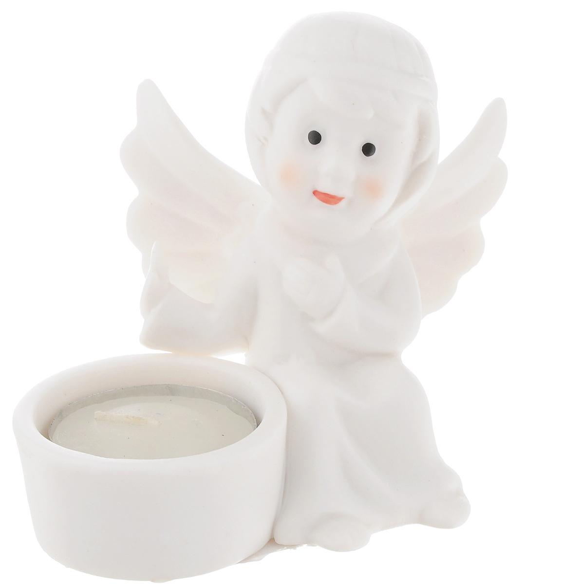 Подсвечник Lillo Ангел, со свечой, высота 8,5 смPH5896Подсвечник Lillo Ангел, выполненный из керамики, украсит интерьер вашего дома или офиса. Оригинальный дизайн и красочное исполнение создадут праздничное настроение. Подсвечник выполнен в форме ангела, сидящего около небольшой чашечки. Внутри чашечки - парафиновая свеча.Вы можете поставить подсвечник в любом месте, где он будет удачно смотреться, и радовать глаз. Кроме того - это отличный вариант подарка для ваших близких и друзей в преддверии Нового года.