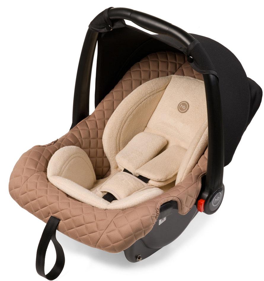Happy Baby Автокресло Skyler цвет бежевыйVCA-00Элегантный внешний облик и стильный дизайн делают многофункциональное автокресло-переноску Skylerнезаменимым помощником для мамы в первый год жизни малыша. Где бы Вы не находились, ваш малыш всегдабудет рядом в комфорте и безопасности.Небольшой вес люльки (всего 3 кг) и удобная мягкая накладка на ручке для переноски делают перемещение смалышом легким и простым. Комфорт в дороге обеспечивает вкладыш для новорожденного, солнцезащитныйкозырек. Благодаря полукруглому основанию удобно укачивать малыша, в качестве жеограничителя качания можно использовать ручку переноски, опустив ее вниз до упора. Мягкий дышащий вкладышстоек к истиранию, прекрасно держит форму при сминании. Тканевый чехол прост в уходе, при необходимостилегко снимается для стирки. Автокресло Skyler крепится в автомобиле с помощью трехточечных штатных ремнейбезопасности и устанавливается лицом против хода движения автомобиля. Группа 0+( от 0 до 13 кг).Количество положений спинки: 1Мягкий анатомический вкладышПолукруглое дно позволяет использовать как качалкуРучка для переноски может использоваться как ограничитель качания и фиксируется в пяти положениях(положения не ограничены, есть 5 рекомендованных)Фиксатор натяжения ремняВ комплекте: трикотажный тент