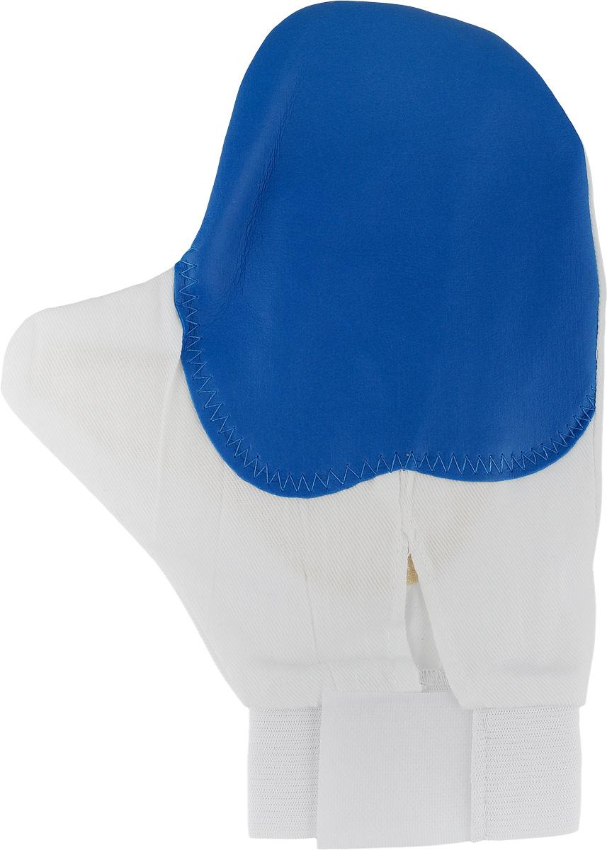 Рукавица для чистки животных Каскад, массажная, с антистатическим эффектом, цвет: синий, белый, желтый17500039Рукавица Каскад предназначена для чистки шерсти у животных. Она выполнена из хлопчатобумажной ткани и имеет вставку с шипами из резины. Благодаря такой рукавице вы сможете удалить старую шерсть и грязь с вашего питомца. Закругленные кончики шипов мягко и бережно воздействуют на кожу животного, создавая массажный эффект. Манжета рукавицы выполнена из эластичной резинки и фиксируется на руке с помощью липучки. Рукавица Каскад отлично подойдет для повседневного ухода за шерстью вашего домашнего питомца.Размер изделия: 24 х 17,5 см.