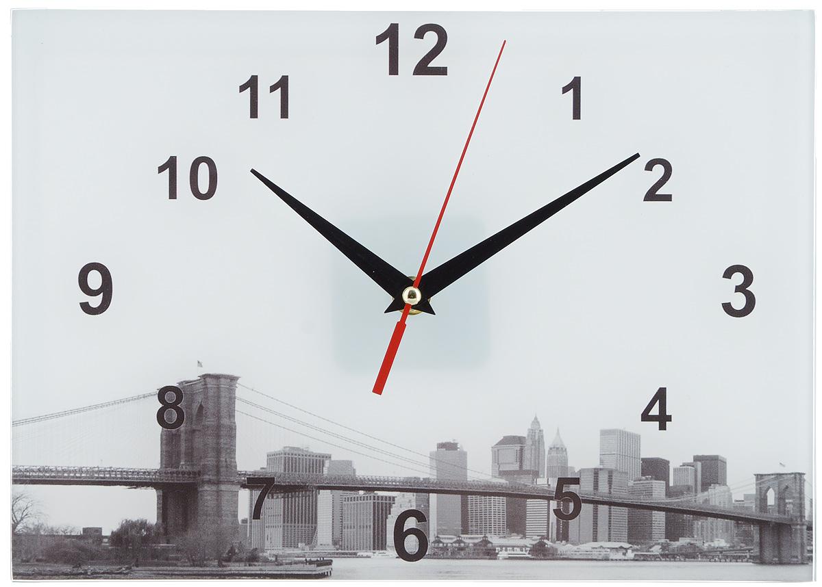 Часы настенные Эврика Мост, 20 х 28 см2706 (ПО)Оригинальные настенные часы Эврика Мост прямоугольной формы выполнены из стекла. Часы имеют три стрелки - часовую, минутную и секундную и циферблат с цифрами. Необычное дизайнерское решение и качество исполнения придутся по вкусу каждому. Часы работают от 1 батарейки типа АА напряжением 1,5 В.
