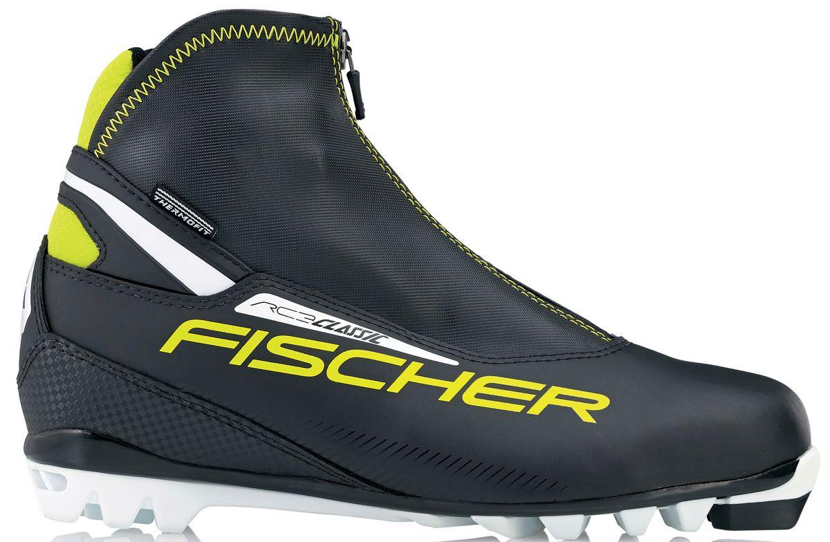 Ботинки лыжные мужские Fischer RC3 Classic, цвет: черный, желтый, белый. S17215. Размер 42ASE-611FБотинки лыжные беговые Fischer RC3 Classic - это удобные и легкие классические ботинки для лыжных прогулок. Подошва T4 обеспечивает облегченное отталкивание и безопасность при ходьбе, двухслойная концепция защищает от холода и влаги.ТЕХНОЛОГИИ:SPORT FIT CONCEPTДля каждой целевой группы разработан свой тип колодки, который обеспечивает наилучший комфорт при катании и максимальную передачу энергии. INTERNAL MOLDED HEEL CAPВнутренняя пластиковая вставка анатомической формы в пяточной части очень легкая и термоформируемая.FISCHER SPEED LOCKСистема быстрой застежки для профессиональной экипировки. Надежное держание и простота использования.THERMO FITТермоформируемый материал внутреннего ботинка обладает прекрасными изоляционными свойствами и легко адаптируется по ноге. LACE COVERДополнительная защита шнуровки предотвращает проникновение влаги и холода. CLEANSPORT NXTСпециальная пропитка подкладки и стелек ботинок. Система из полезных микробов, которые устраняют неприятный запах. COMFORT GUARDОчень легкий, водоотталкивающий изоляционный материал дополнительно защищает от холода мысок и переднюю часть стопы.