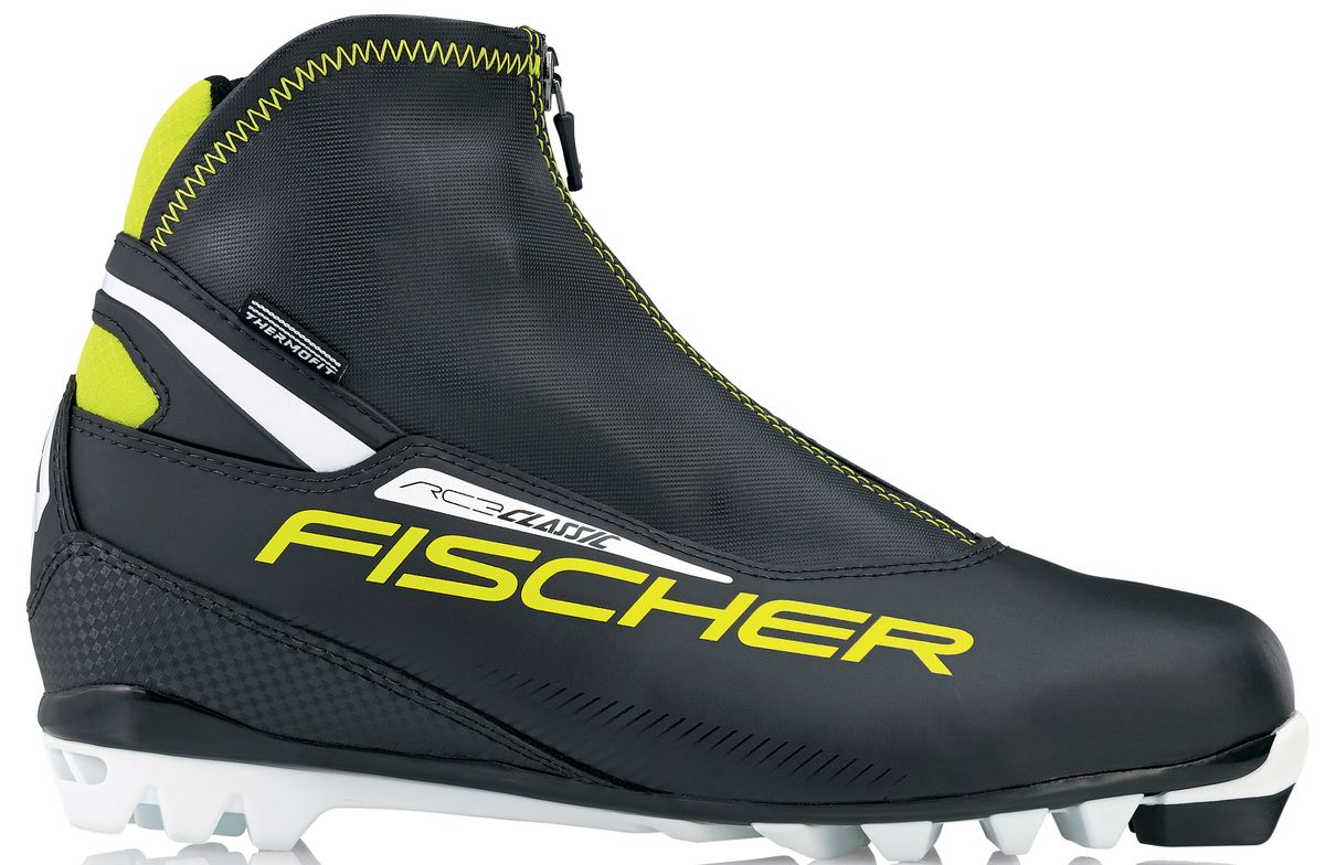 Ботинки лыжные мужские Fischer RC3 Classic, цвет: черный, желтый, белый. S17215. Размер 44Karjala Comfort NNNБотинки лыжные беговые Fischer RC3 Classic - это удобные и легкие классические ботинки для лыжных прогулок. Подошва T4 обеспечивает облегченное отталкивание и безопасность при ходьбе, двухслойная концепция защищает от холода и влаги.ТЕХНОЛОГИИ:SPORT FIT CONCEPTДля каждой целевой группы разработан свой тип колодки, который обеспечивает наилучший комфорт при катании и максимальную передачу энергии. INTERNAL MOLDED HEEL CAPВнутренняя пластиковая вставка анатомической формы в пяточной части очень легкая и термоформируемая.FISCHER SPEED LOCKСистема быстрой застежки для профессиональной экипировки. Надежное держание и простота использования.THERMO FITТермоформируемый материал внутреннего ботинка обладает прекрасными изоляционными свойствами и легко адаптируется по ноге. LACE COVERДополнительная защита шнуровки предотвращает проникновение влаги и холода. CLEANSPORT NXTСпециальная пропитка подкладки и стелек ботинок. Система из полезных микробов, которые устраняют неприятный запах. COMFORT GUARDОчень легкий, водоотталкивающий изоляционный материал дополнительно защищает от холода мысок и переднюю часть стопы.