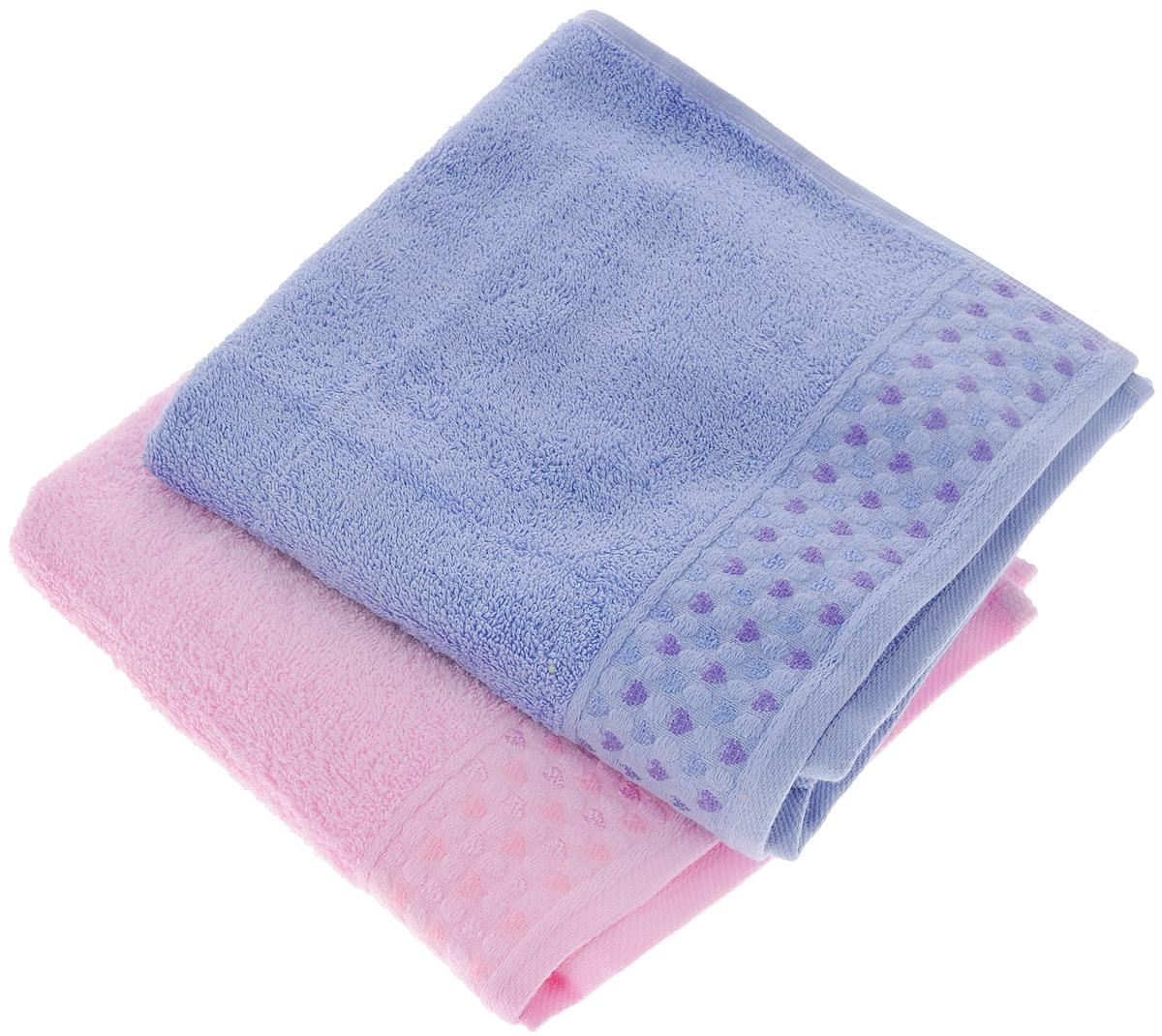 Набор полотенец Tete-a-Tete Сердечки, цвет: розовый, сирень, 50 х 90 см, 2 шт68/5/3Набор Tete-a-Tete Сердечки состоит из двух махровых полотенец, выполненных из натурального 100% хлопка. Бордюр полотенец декорирован рисунком сердечек. Изделия мягкие, отлично впитывают влагу, быстро сохнут, сохраняют яркость цвета и не теряют форму даже после многократных стирок. Полотенца Tete-a-Tete Сердечки очень практичны и неприхотливы в уходе. Они легко впишутся в любой интерьер благодаря своей нежной цветовой гамме. Набор упакован в красивую коробку и может послужить отличной идеей для подарка.Размер полотенец: 50 х 90 см.