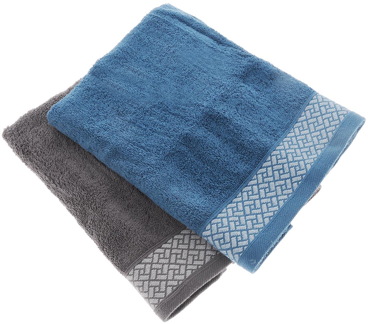 Набор полотенец Tete-a-Tete Лабиринт, цвет: серый, синий, 50 х 90 см, 2 шт68/5/4Набор Tete-a-Tete Лабиринт состоит из двух махровых полотенец, выполненных из натурального 100% хлопка. Бордюр полотенец декорирован геометрическим узором. Изделия мягкие, отлично впитывают влагу, быстро сохнут, сохраняют яркость цвета и не теряют форму даже после многократных стирок. Полотенца Tete-a-Tete Лабиринт очень практичны и неприхотливы в уходе. Они легко впишутся в любой интерьер благодаря своей нежной цветовой гамме. Набор упакован в красивую коробку и может послужить отличной идеей подарка.Размер полотенец: 50 х 90 см.
