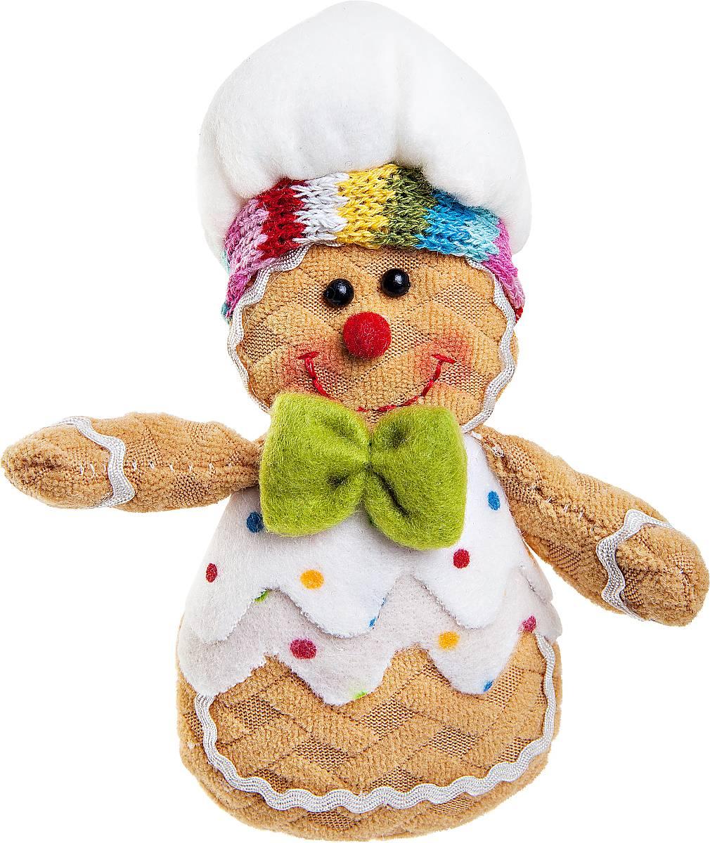 Игрушка новогодняя мягкая Mister Christmas Пряничный мальчик, высота 13 смDOL-1Мягкая новогодняя игрушка Mister Christmas Пряничный мальчик, изготовленная из текстиля, прекрасно подойдет для праздничного декора дома. Изделие можно разместить в любом понравившемся вам месте. Новогодняя игрушка несет в себе волшебство и красоту праздника. Создайте в своем доме атмосферу веселья и радости, украшая дом красивыми игрушками, которые будут из года в год накапливать теплоту воспоминаний.Высота игрушки: 13 см.