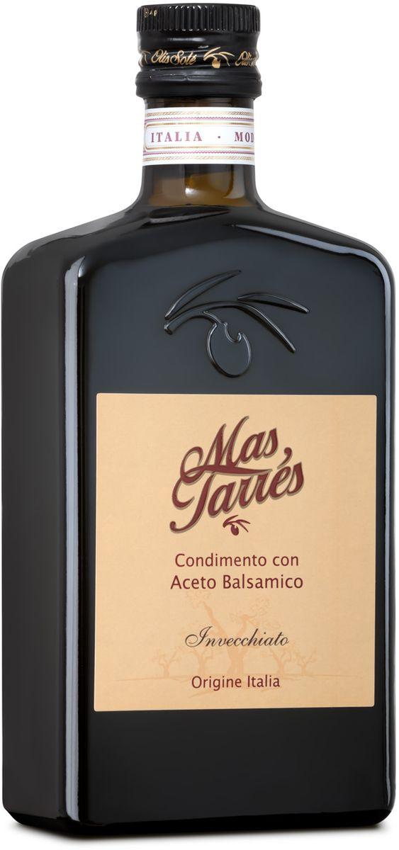 Olis Sole Бальзамический уксус Mas Tarres, 500 мл8437001404919Оли соле Бальзамический уксус Мас Тарес - натуральный продукт, необыкновенно таинственная приправа, которая придаст вашим блюдам насыщенные оттенки вкуса! В составе только оливковое масло Extra Virgin и бальзамический уксус вина сорта Trebbiano, Модены. 7 лет выдержки в дубовых бочках! Имеет темно-коричневый цвет. Обладает терпким запахом, виноградным вкусом. Приготовление бальзамического уксуса намного сложнее и дольше, чем яблочного или винного. Сначала отжатый сок винограда сорта треббьяно – мелкого, зеленого, кисловатого – варят, пока он не станет густым и коричневым. Это – виноградное сусло, к которому добавляют немного винного уксуса – для активации и ускорения процесса брожения, и затем сусло заливается в бочки. Для того чтобы уксус приобрел свой многогранный вкус, используют бочки из разных пород деревьев, которые отдают ему свои ароматы и одновременно впитывают лишнюю влагу. Сначала сусло настаивается в маленьких бочках из ясеня и дуба, затем часть настоянного на густых ароматах уксуса добавляется к тому, что созрело в бочках среднего размера из каштана и вишни. На третьем этапе приготовления часть настоявшегося уксуса из средней бочки добавляется в большую бочку со сладким запахом тутового дерева.Производители уксуса, как это делали знатные гурманы Средневековья, держат в секрете точные списки специй, которыми разнообразят вкус бальзамико, – у каждого они свои.