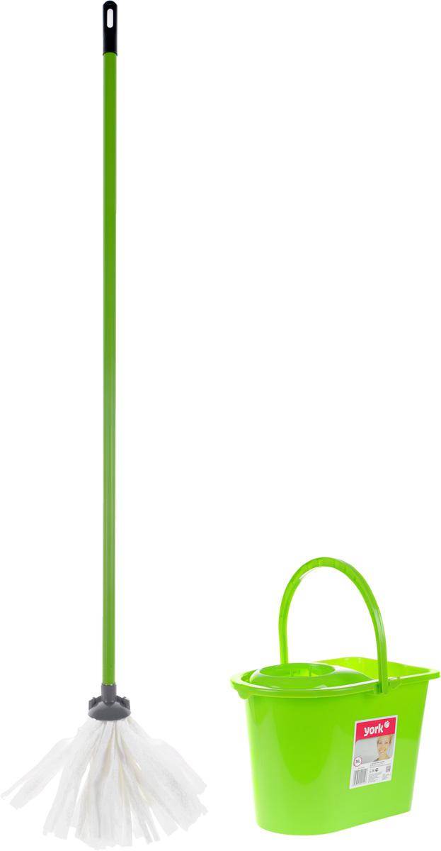 Набор для уборки York Mop Set, цвет: салатовый, черный, 3 предметакн12-60авцНабор для уборки York предназначен для уборки любых типов напольных покрытий, включая паркет и ламинат. Специальная структура микроактивного волокна лепестковой насадки убирает даже самые сильные, затвердевшие загрязнения, не оставляя разводов, и эффективно впитывает влагу. Благодаря специальному ведру со встроенным отжимом, уборка станет быстрой и гигиеничной, так как вы сможете выжимать швабру в предназначенном для этого отсеке, не пачкая руки. Такой набор сделает уборку легкой и обеспечит идеальную чистоту вашего пола без разводов и царапин. Размер ведра по верхнему краю: 36 х 25 см.Высота ведра: 26 см.Объем ведра: 14 л.Длина черенка: 108 см.Диаметр черенка: 2 см.Длина волокон лепестковой насадки: 21 см.Диаметр отверстия для черенка: 2 см.