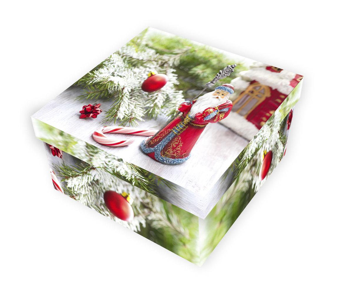 Коробка подарочная Proffi Home Дед Мороз, 10 х 19 х 19 см09840-20.000.00Большие картонные коробки Proffi Home Дед Морозидеально подходят для упаковки объемных подарков.Коробка изготовлена из плотного цветного картона.