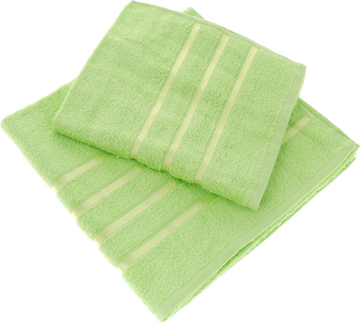 Набор полотенец Tete-a-Tete Ленты, цвет: салатовый, 2 шт. УНП-10168/5/1Набор Tete-a-Tete Ленты состоит из двух махровых полотенец, выполненных из натурального 100% хлопка. Бордюр полотенец декорирован лентами. Изделия мягкие, отлично впитывают влагу, быстро сохнут, сохраняют яркость цвета и не теряют форму даже после многократных стирок. Полотенца Tete-a-Tete Ленты очень практичны и неприхотливы в уходе. Они легко впишутся в любой интерьер благодаря своей яркой цветовой гамме.