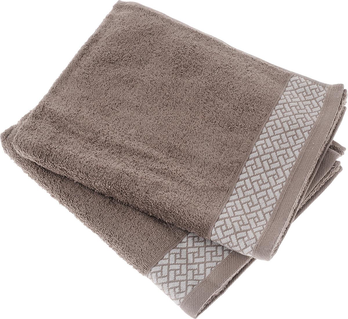 Набор полотенец Tete-a-Tete Лабиринт, цвет: кофе, 50 х 90 см, 2 шт. УП-00968/5/1Набор Tete-a-Tete Лабиринт состоит из двух махровых полотенец, выполненных из натурального 100% хлопка. Бордюр полотенец декорирован геометрическим узором. Изделия мягкие, отлично впитывают влагу, быстро сохнут, сохраняют яркость цвета и не теряют форму даже после многократных стирок. Полотенца Tete-a-Tete Лабиринт очень практичны и неприхотливы в уходе. Они легко впишутся в любой интерьер благодаря своей нежной цветовой гамме.Размер полотенца: 50 х 90 см.