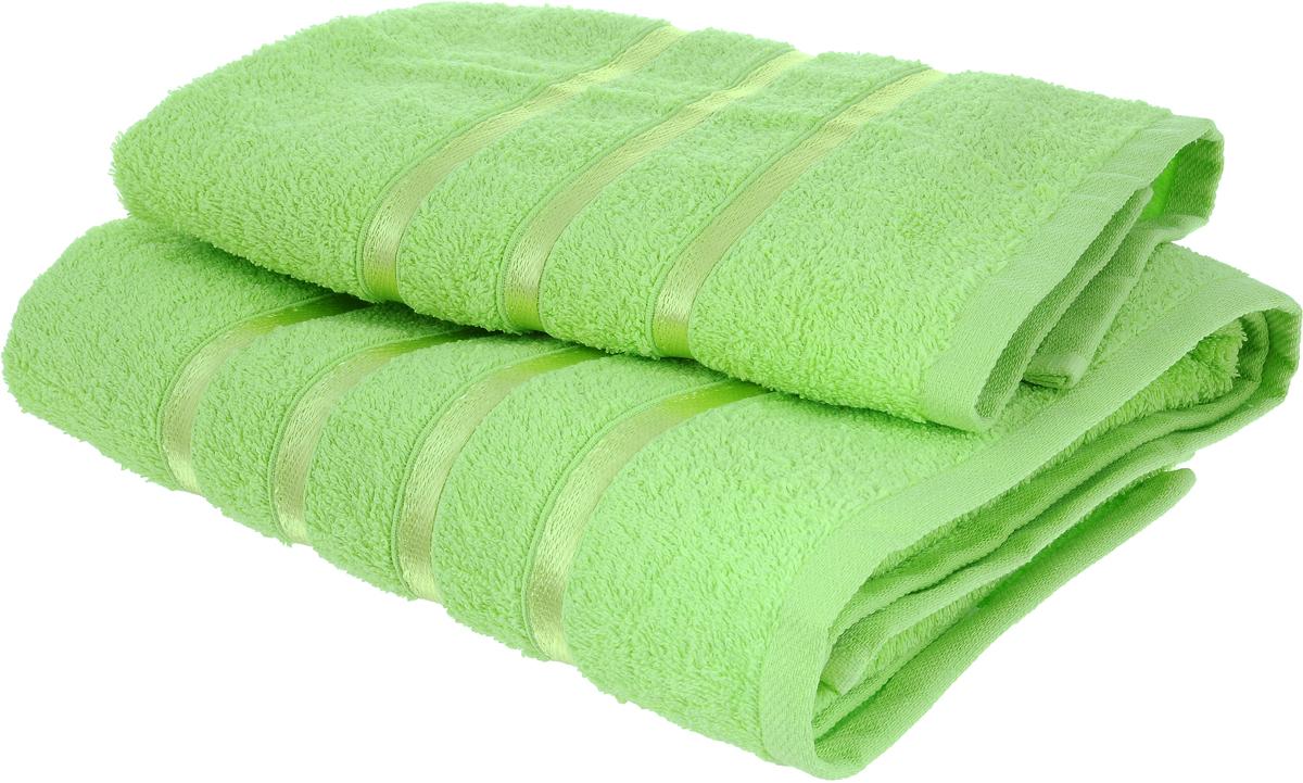 Набор полотенец Tete-a-Tete Ленты, цвет: салатовый, 70 х 135 см, 50 х 85 см, 2 штS03301004Набор Tete-a-Tete Ленты состоит из двух махровых полотенец, выполненных из натурального 100% хлопка. Бордюр полотенец декорирован вышивкой в виде узких лент. Изделия мягкие, отлично впитывают влагу, быстро сохнут, сохраняют яркость цвета и не теряют форму даже после многократных стирок. Полотенца Tete-a-Tete Ленты очень практичны и неприхотливы в уходе. Они легко впишутся в любой интерьер благодаря своей нежной цветовой гамме. Набор упакован в красивую коробку и может послужить отличной идеей подарка.