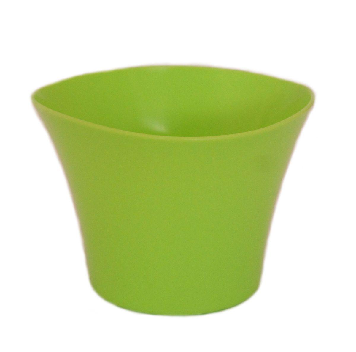 Кашпо JetPlast Волна, цвет: фисташковый, 600 мл531-402Кашпо Волна имеет уникальную форму, сочетающуюся как с классическим, так и с современным дизайном интерьера. Оно изготовлено из прочного полипропилена (пластика) и предназначено для выращивания растений, цветов и трав в домашних условиях. Такое кашпо порадует вас функциональностью, а благодаря лаконичному дизайну впишется в любой интерьер помещения. Объем кашпо: 600 мл.