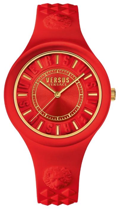 Наручные часы женские Versus Versace, цвет: красный. SOQ10 0016EQW-M710DB-1A1Мех: Citizen 2035, 3-стрелочный кварц. Корпус: 39мм, пластиковое покрытие в цвет ремешка. Циферблат: цвет красный. Ремешок красный, силиконовый, объемный логотип в форме головы льва на уровне 12ч и 18. WR: 3 ATM. Силиконовая упаковка