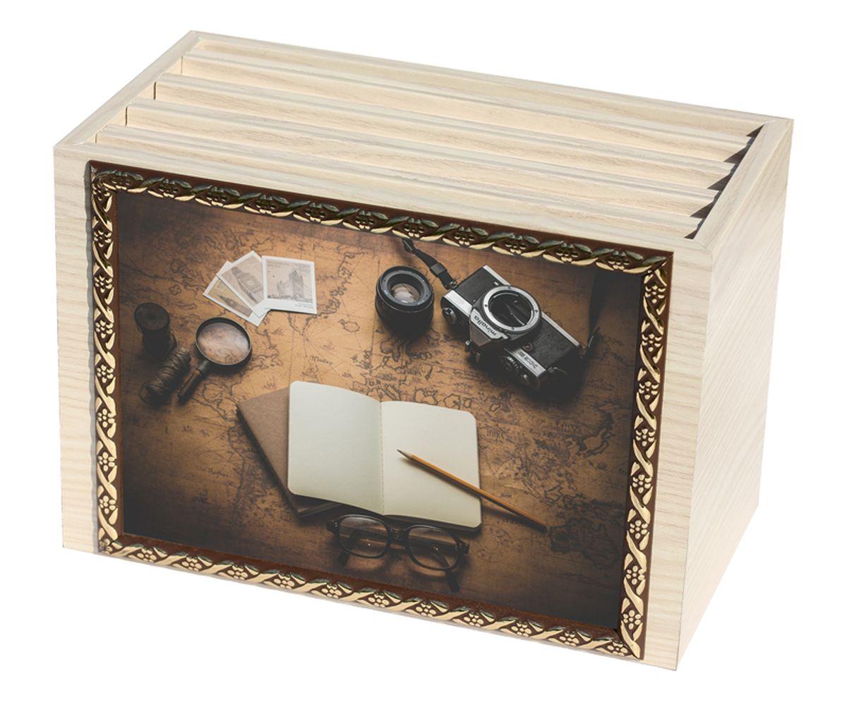 Фотобокс Milarte, 96 фотографий, 16 х 9 х 22 см. FBVD-119006311030-660Фотобокс Milarte поможет аккуратно и стильно хранить ваши фотографии. Фотобокс выполнен из МДФ цвета выбеленный дуб. Изображение нанесено с лицевой стороны на корпус и обрамлено пластиковой рамкой с узором. Фотобокс содержит 4 вынимающиеся вкладки с ПВХ-карманами для фото, по 24 штуки каждая. Стильный и красивый фотобокс не только отлично дополнит интерьер, но и станет чудесным подарком к любому случаю, который обязательно порадует получателя. Размер изображения: 16 х 11 см.