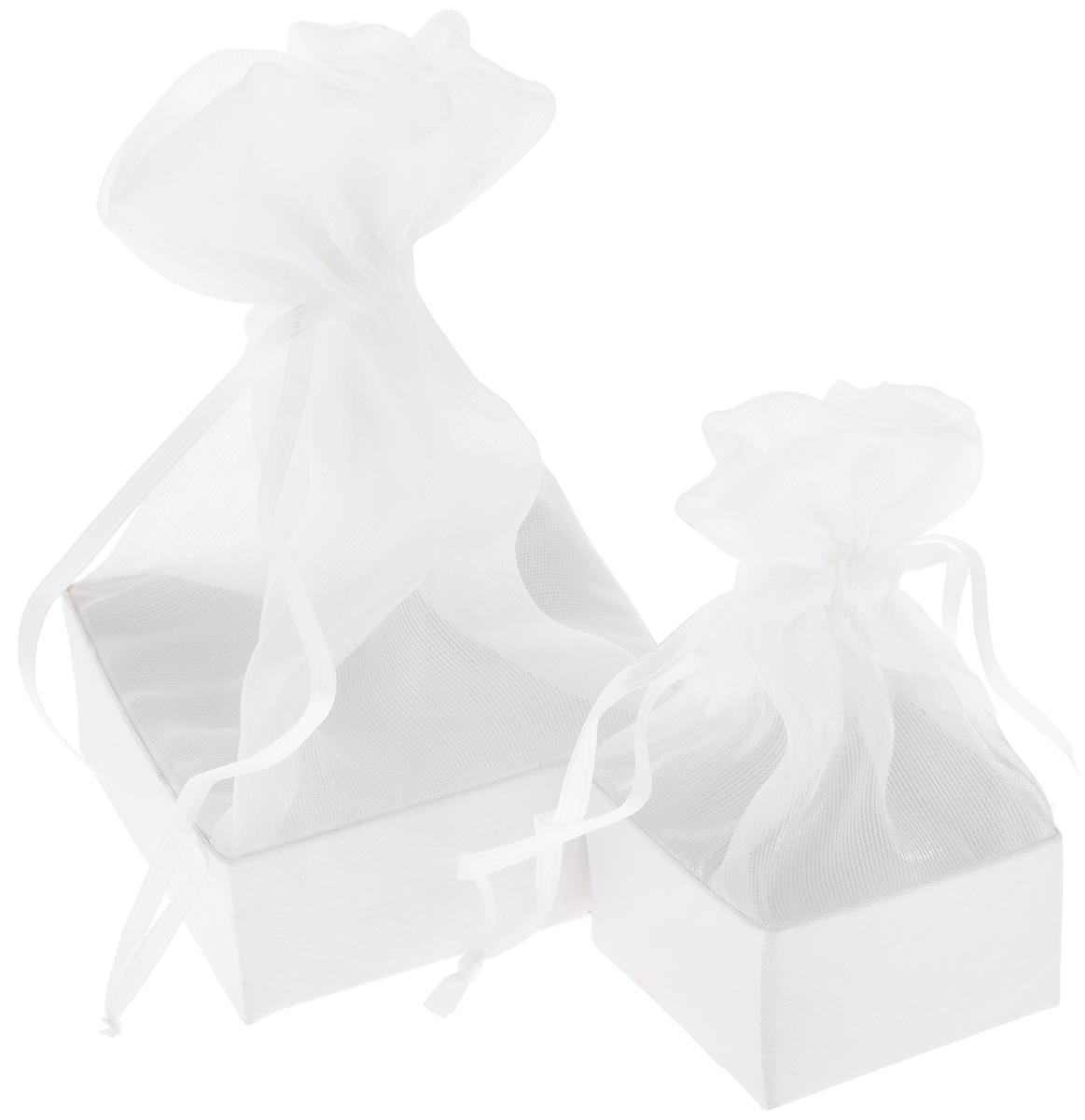 Коробочка для подарка Piovaccari Тиффани, цвет: белый, 7,5 х 7,5 х 16,67718303Коробочка для подарка ТИФФАНИ 7,5 х 7,5 х 16 см, PiovaccariPiovaccari Тиффани станет одним из самых оригинальных вариантов упаковки для подарка. Яркий дизайн будет долго напоминать владельцу о трогательных моментах получения подарка.