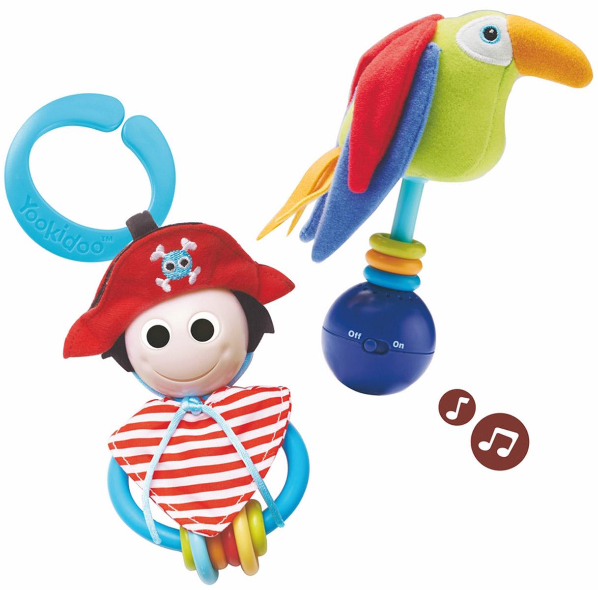 """Игровой набор """"Веселый пират"""", непременно, привлечет внимание вашего ребенка. Набор включает пирата, выполненного в виде погремушки с веселым личиком и шестью разноцветными колечками, и его музыкального друга попугая с шуршащими крыльями и тремя колечками. Попугай издает веселый свист, а при встряхивании или ударе его о поверхность, раздается приятная музыка. Также в набор входит пластиковое колечко, с помощью которого игрушки можно повесить над кроваткой или коляской. Набор способствует развитию звукового и слухового восприятия и мелкой моторики рук. Малыш с удовольствием будет играть в этот веселый набор! Характеристики: Материал: пластик, текстиль. Высота попугая: 12,5 см. Размер ковбоя: 8 см x 12,5 см x 5 см. Рекомендуемый возраст: от 0 месяцев. Размер упаковки: 19,5 см x 21 см x 8 см. Необходимо докупить 3 батареи мощностью 1,5V типа LR44 (не входят в комплект)."""