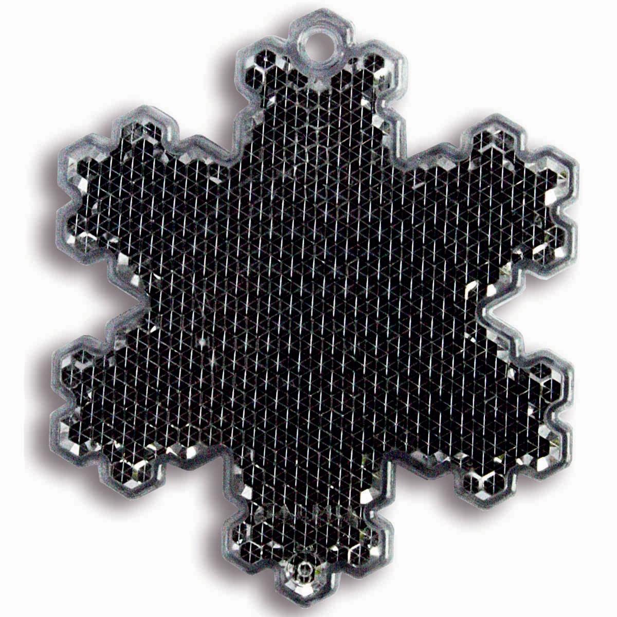 Светоотражатель пешеходный Coreflect Снежинка, цвет: черныйWT-CD37Пешеходный светоотражатель — это серьезное средство безопасности на дороге. Использование светоотражателей позволяет в десятки раз сократить количество ДТП с участием пешеходов в темное время суток. Светоотражатель крепится на одежду и обладает способностью к направленному отражению светового потока. Благодаря такому отражению, водитель может вовремя заметить пешехода в темноте, даже если он стоит или двигается по обочине. А значит, он успеет среагировать и избежит возможного столкновения. С 1 июля 2015 года ношение светоотражателей вне населенных пунктов является обязательным для пешеходов! Мы рекомендуем носить их и в городе! Для безопасности и сохранения жизни!
