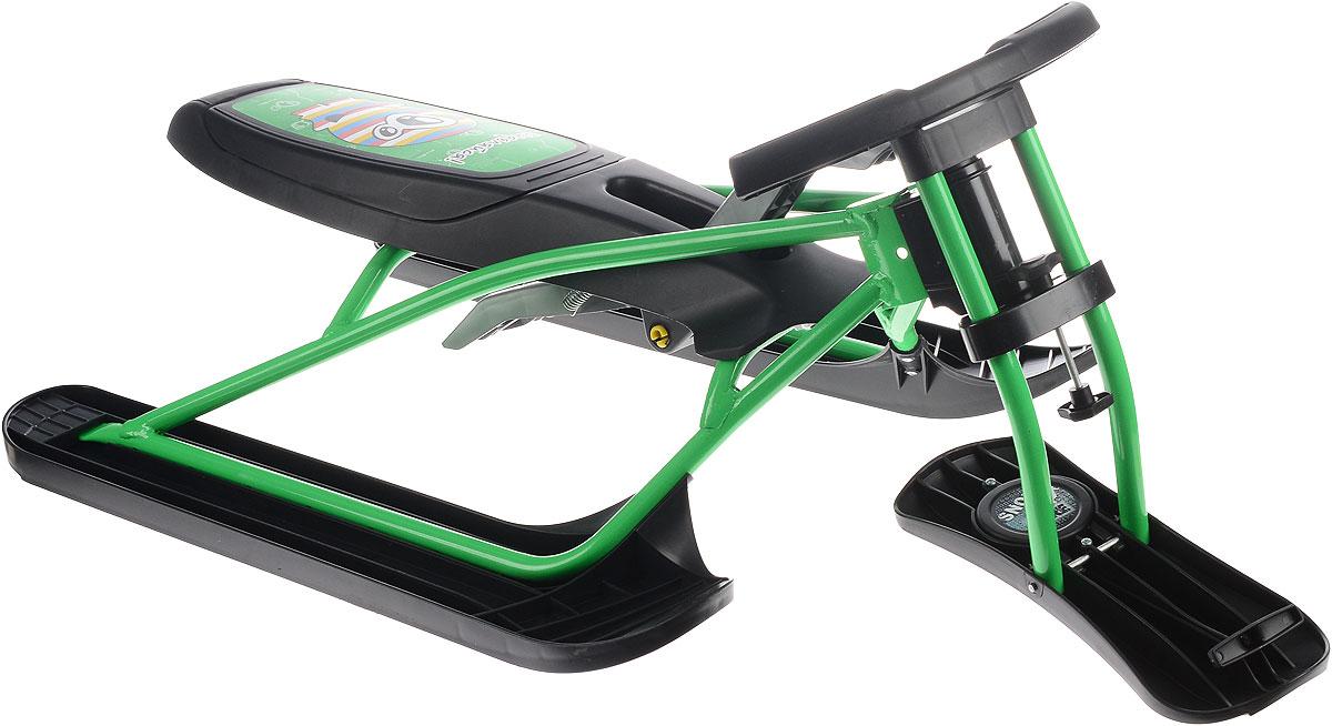 Снегокат складной Цикл Снегоцикл Snow & Fire, с рулеткой для шнура, цвет: зеленый, черный21662Снегокат Цикл Снегоцикл Snow & Fire вмещает и выдерживает вес ребенка до 100 кг. Складывается и раскладывается за считанные минуты. В сложенном виде легко умещается в багажник. Не занимает много места во время летнего хранения.Прочная стальная конструкция обеспечивает снегокату долгий срок эксплуатации. Низкая посадка и широкая база делают его очень устойчивым во время спуска. Ограничитель поворота на передней лыже предотвращает опрокидывание. Амортизатор сидения защищает от ушибов на кочках. Для торможения предусмотрен ручной тормоз, усиленный металлической пластиной. Спортивный руль, оригинальная форма рамы и современный дизайн в стиле гранж не позволят остаться вашему чаду незамеченным на горке.Размер снегоката: 111 х 60,5 х 40 см. Высота от пола до сидения: 24 см.Высота от пола до руля: 40 см.Грузоподъемность: до 100 кг.Снегокат предназначен для детей старше 3 лет.