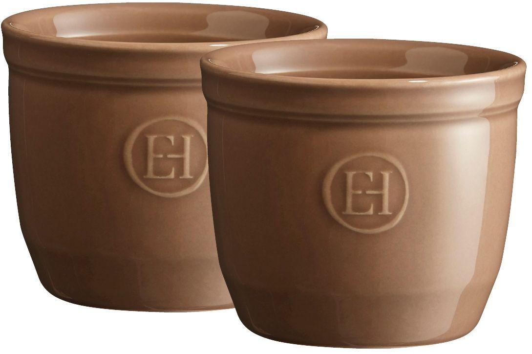 Рамекин Emile Henry, цвет: мускат, диаметр 8,5 см, 2 шт391602Порционная форма рамекин Emile Henry предназначена как для готовки, так и для сервировки отдельных порций. Идеально подходит для кухни в загородном доме. Высокопрочная керамика (HR ceramic) великолепно распределяет и сохраняет тепло, что и требуется для приготовления помадок, гратенов, рассыпчатых и открытых пирогов. Форма не боится перепадов температур, и ее можно ставить в духовку сразу после того, как она была вынута из морозильной камеры. Покрытие формы устойчиво к появлению сколов и царапин, а его цвет остается ярким даже после многократного использования в посудомоечной машине.Высокие рамекины более компактные и глубокие, чем классические, они идеально подходят для десертов, требующих высоких бортиков, таких как Ром-Баба, Панна-Котта, Шарлотт или замороженный десерт. Можно сделать несколько слоев благодаря глубине 7 см. Рамекины также могут быть использованы для создания пикантных рецептов, которые раскрывают различные ароматы при открытии каждого слоя.