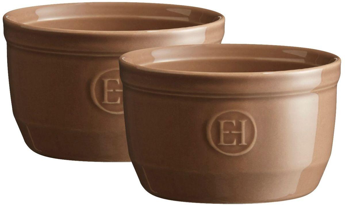Рамекин Emile Henry, цвет: мускат, диаметр 10,5 см, 2 шт68/5/3Порционная форма рамекин Emile Henry предназначена как для готовки, так и для сервировки отдельных порций. Идеально подходит для кухни в загородном доме. Высокопрочная керамика (HR ceramic) великолепно распределяет и сохраняет тепло, что и требуется для приготовления помадок, гратенов, рассыпчатых и открытых пирогов. Форма не боится перепадов температур, и ее можно ставить в духовку сразу после того, как она была вынута из морозильной камеры. Покрытие формы устойчиво к появлению сколов и царапин, а его цвет остается ярким даже после многократного использования в посудомоечной машине.Рамекин №10 имеет больший объем, чем другие. Поэтому он также может быть использован для несладких рецептов, таких как овощные пироги или порционный гратен. Он также может быть использован для приготовления более легких десертов, таких как шоколадный мусс или тирамису.