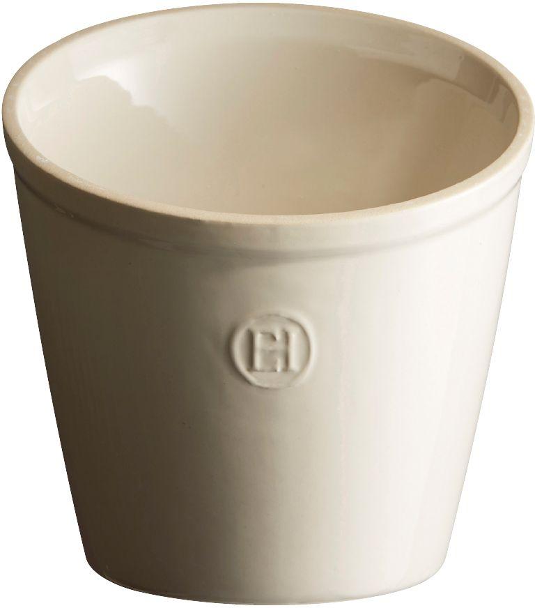 Стакан для аксессуаров Emile Henry, цвет: кремовый20218Стакан для аксессуаров Emile Henry - практичное и элегантное решение для хранения кухонных принадлежностей. Стакан изготовлен из HR керамики. Устойчив при хранении кухонных гаджетов независимо от их веса или расположения внутри стакана.Наклонный срез верхней части - более крупные гаджеты можно расположить сзади, мелкие - впереди. Благодаря двум желобкам на дне, аксессуары стоят вертикально в том же положении, как вы их поставили.Элегантная форма дополняет коллекцию аксессуаров от Emile Henry и украшает кухню.Объем: 1 л. Диаметр (по верхнему краю): 15,5 см. Максимальная высота: 16 см. Диаметр основания: 10 см.