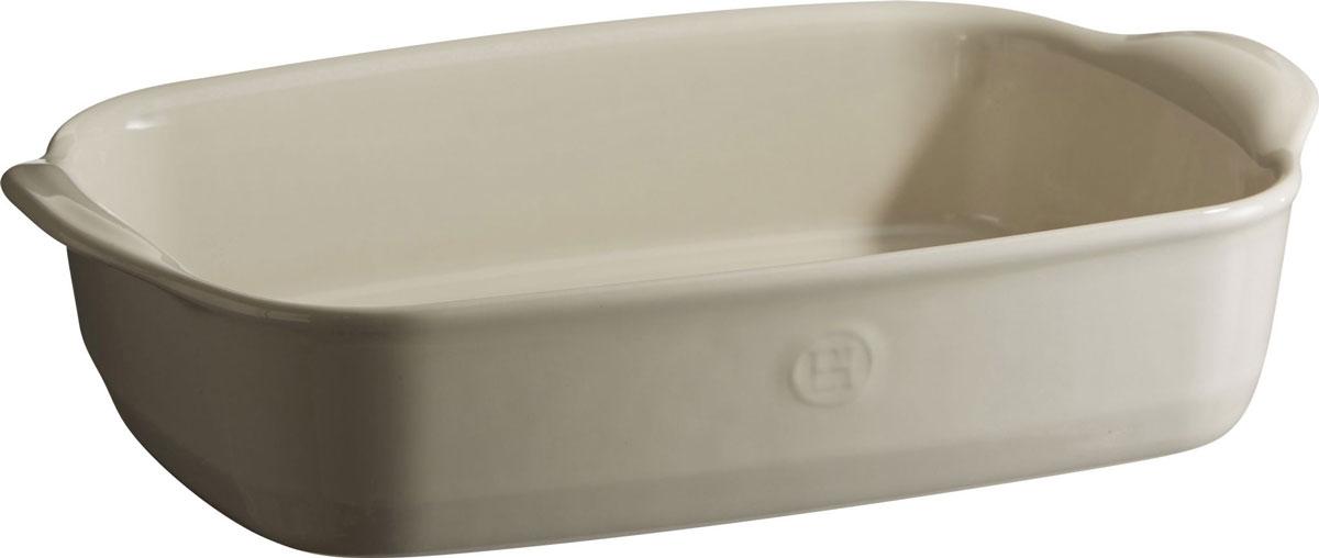 Форма для запекания Emile Henry Ultime, прямоугольная, цвет: кремовый. 2965022250_красный/молочныйФормы для запекания Ultime. Новый дизайн, стирающий границы между идеальной керамической формой для запекания и посудой для сервировки. Мягкие, щедрые формы великолепно подходят для приготовления всех видов блюд – от лазаньи до жаркого.Благодаря удобным ручкам форму комфортно извлекать из духовки. Поставьте форму на стол – это выглядит крайне элегантно. Формы Ultime изготовлены из HR Ceramic (высоко-устойчивая) и могут быть использованы как в морозилке (-20°C), так и в духовке (270°C) и даже на гриле. Они устойчивы к ежедневным испытанием на кухне.Ингредиенты блюд, приготовленных в HR Ceramic пропекаются равномерно, не пересыхают, долго сохраняют тепло. Высокие стенки формы позволяют приготовить щедрые порции блюд.Широкий ассортимент 5 блюд различного размера (от индивидуальной порции до большой формы на всю семью), цвета (крем, гранат) и формы (квадратная и прямоугольная) удовлетворит запросы хозяек. Кромка снизу ручки обеспечивает противоскользящий эффект и лучший захват.Глазурованная нижняя часть формы является прекрасным элементом брендирования и подчеркивает фирменный стиль.Все 4 прямоугольный формы легко хранить, вставив друг в друга.