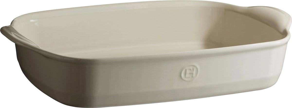 Форма для запекания Emile Henry Ultime, прямоугольная, цвет: кремовый. 29654630416Формы для запекания Ultime. Новый дизайн, стирающий границы между идеальной керамической формой для запекания и посудой для сервировки. Мягкие, щедрые формы великолепно подходят для приготовления всех видов блюд – от лазаньи до жаркого.Благодаря удобным ручкам форму комфортно извлекать из духовки. Поставьте форму на стол – это выглядит крайне элегантно. Формы Ultime изготовлены из HR Ceramic (высоко-устойчивая) и могут быть использованы как в морозилке (-20°C), так и в духовке (270°C) и даже на гриле. Они устойчивы к ежедневным испытанием на кухне.Ингредиенты блюд, приготовленных в HR Ceramic пропекаются равномерно, не пересыхают, долго сохраняют тепло. Высокие стенки формы позволяют приготовить щедрые порции блюд.Широкий ассортимент 5 блюд различного размера (от индивидуальной порции до большой формы на всю семью), цвета (крем, гранат) и формы (квадратная и прямоугольная) удовлетворит запросы хозяек. Кромка снизу ручки обеспечивает противоскользящий эффект и лучший захват.Глазурованная нижняя часть формы является прекрасным элементом брендирования и подчеркивает фирменный стиль.Все 4 прямоугольный формы легко хранить, вставив друг в друга.