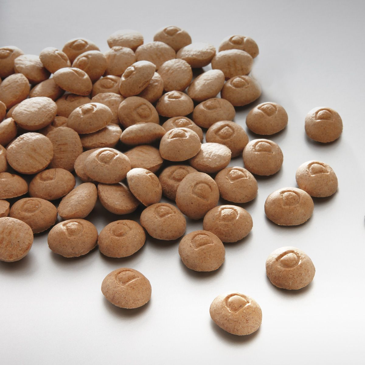 Лакомство для собак Meradog Lamm & Rice Drops, хрустящие капельки, 10 кг0120710Печенье (лакомства) для собак. Как вознаграждение, а также дополнение к основному рациону собак