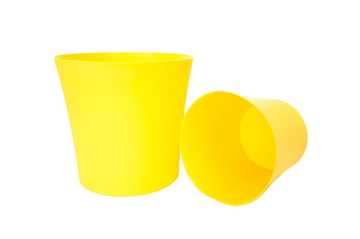 Кашпо Form-Plastic Фиолек, цвет: желтый, диаметр 12,5 см511-204Кашпо имеет минималистичный дизайн, подходящий под любой интерьер. Его матовая поверхность делает цвета насыщеннее и дает устойчивость к внешним воздействиям (царапины, солнечные лучи и т.д.).
