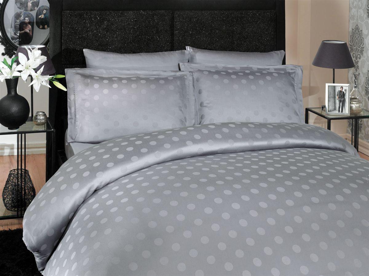 Комплект белья Hobby Home Collection Diamond Spot, евро, наволочки 50x70, 70x70, цвет: серыйSVC-300Комплект белья Hobby Home Collection состоит из простыни, пододеяльника и 4 наволочек. Белье выполнено из бамбуковой пряжи - мягкого и легкого материала с приятным блеском. Хорошо пропускает влагу.По тонкости и белизне бамбук напоминает классическую вискозу, а также обладает высокой прочностью. К тому же в противовес другим натуральным тканям, он практически не меняется и не электризуется. Даже после пятидесяти стирок, ткань остается антибактериальной.Постельное белье из такой ткани идеально подходит для аллергиков и детей, поскольку не вызывает аллергии. Есть еще одно свойство бамбука - он полезен для кожи благодаря содержащимся в бамбуке аминокислотам.