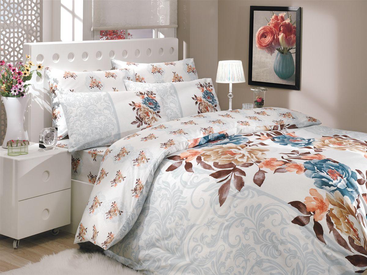 Комплект белья Hobby Home Collection Delicia, 1,5-спальный, наволочки 50x70, 70x70, цвет: синий391602Комплект белья Hobby Home Collection состоит из простыни, пододеяльника и 2 наволочек. Белье выполнено из ранфорса - это ткань из 100% натурального хлопка, которая легко стирается, практичнее льна, подстраивается под температуру воздуха - зимой на таком белье тепло, летом - прохладно. Мягкость и нежность материала создает чувство комфорта и защищенности. У хлопка хорошая проводимость тепла, поэтому постельное белье из него может надолго оставаться свежим. Постельное белье с оригинальными дизайнами станет отличным выбором для людей, стремящихся всегда быть стильными.