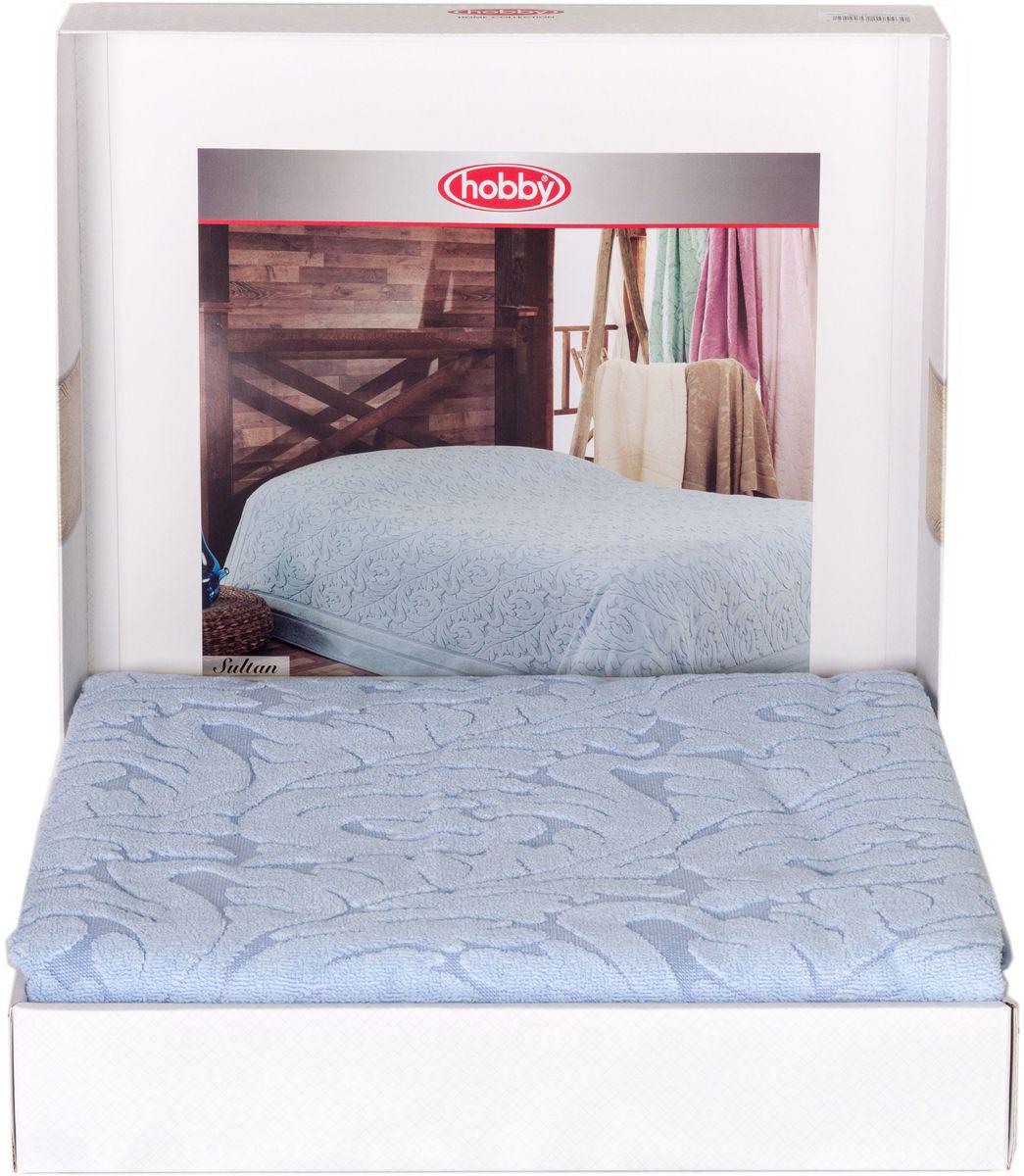 Покрывало Hobby Home Collection Sultan, цвет: голубой, 200 х 220 см1004900000360Шикарное покрывало Hobby Home Collection Sultan изготовлено из 100% хлопка высшей категории. Оно обладает замечательными дышащими свойствами и будет хорошо смотреться как на диване, так и на большой кровати. Данное покрывало можно также использовать в качестве одеяла.