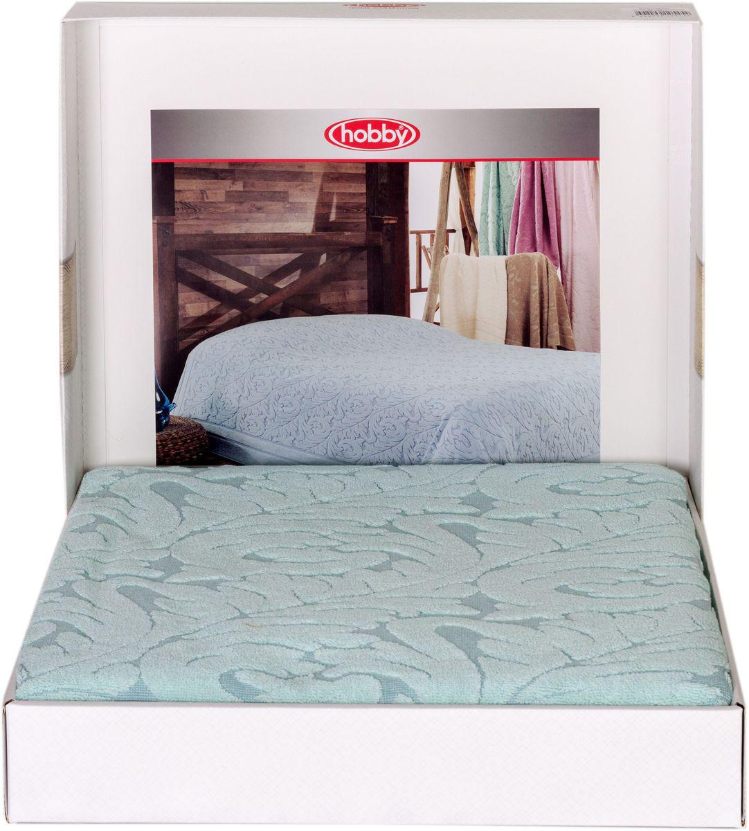 Покрывало Hobby Home Collection Sultan, цвет: ментоловый, 200 х 220 см72138Шикарное покрывало Hobby Home Collection Sultan изготовлено из 100% хлопка высшей категории. Оно обладает замечательными дышащими свойствами и будет хорошо смотреться как на диване, так и на большой кровати. Данное покрывало можно также использовать в качестве одеяла.