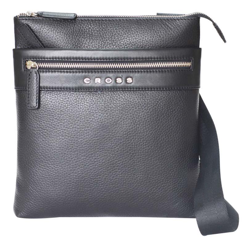 Сумка мужская Cross, цвет: черный. AC021114-1BM8434-58AEСумка наплечная тонкая. Внешний карман на молнии. Задний карман на кнопке. Отделение для iPad. Одно отделение для документов.