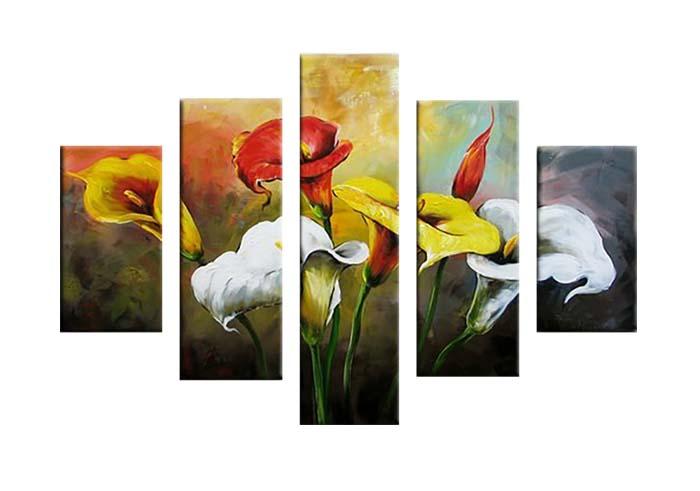 Картина Арт78 Букет калл, модульная, 140 см х 80 см. арт780020-2PM-3010Ничто так не облагораживает интерьер, как хорошая картина. Особенную атмосферу создаст крупное художественное полотно, размеры которого более метра. Подобные произведения искусства, выполненные в традиционной технике (холст, масляные краски), чрезвычайно капризны: требуют сложного ухода, регулярной реставрации, особого микроклимата – поэтому они просто не могут существовать в условиях обычной городской квартиры или загородного коттеджа, и требуют больших затрат. Данное полотно идеально приспособлено для создания изысканной обстановки именно у Вас. Это полотно создано с использованием как традиционных натуральных материалов (холст, подрамник - сосна), так и материалов нового поколения – краски, фактурный гель (придающий картине внешний вид масляной живописи, и защищающий ее от внешнего воздействия). Благодаря такой композиции, картина выглядит абсолютно естественно, и отличить ее от традиционной техники может только специалист. Но при этом изображение отлично смотрится с любого расстояния, под любым углом и при любом освещении. Картина не выцветает, хорошо переносит даже повышенный уровень влажности. При необходимости ее можно протереть сухой салфеткой из мягкой ткани.