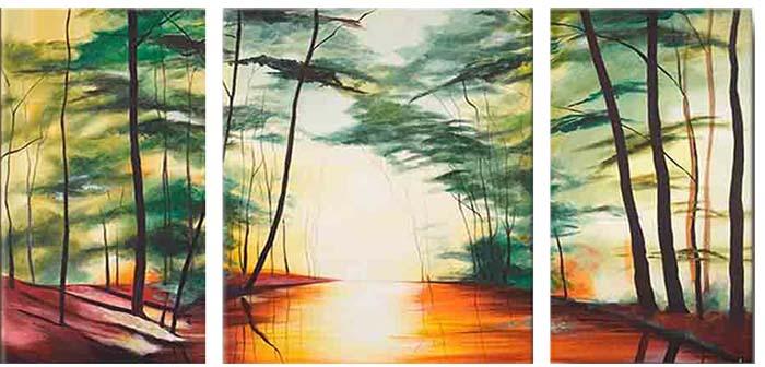 Картина Арт78 Лес, модульная, 90 см х 50 см. арт780029-3TL-M2036Ничто так не облагораживает интерьер, как хорошая картина. Особенную атмосферу создаст крупное художественное полотно, размеры которого более метра. Подобные произведения искусства, выполненные в традиционной технике (холст, масляные краски), чрезвычайно капризны: требуют сложного ухода, регулярной реставрации, особого микроклимата – поэтому они просто не могут существовать в условиях обычной городской квартиры или загородного коттеджа, и требуют больших затрат. Данное полотно идеально приспособлено для создания изысканной обстановки именно у Вас. Это полотно создано с использованием как традиционных натуральных материалов (холст, подрамник - сосна), так и материалов нового поколения – краски, фактурный гель (придающий картине внешний вид масляной живописи, и защищающий ее от внешнего воздействия). Благодаря такой композиции, картина выглядит абсолютно естественно, и отличить ее от традиционной техники может только специалист. Но при этом изображение отлично смотрится с любого расстояния, под любым углом и при любом освещении. Картина не выцветает, хорошо переносит даже повышенный уровень влажности. При необходимости ее можно протереть сухой салфеткой из мягкой ткани.