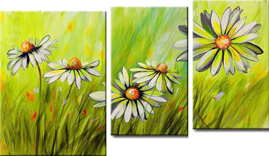 Картина Арт78 Ромашки, модульная, 100 см х 60 см. арт780036-3PM-4029Ничто так не облагораживает интерьер, как хорошая картина. Особенную атмосферу создаст крупное художественное полотно, размеры которого более метра. Подобные произведения искусства, выполненные в традиционной технике (холст, масляные краски), чрезвычайно капризны: требуют сложного ухода, регулярной реставрации, особого микроклимата – поэтому они просто не могут существовать в условиях обычной городской квартиры или загородного коттеджа, и требуют больших затрат. Данное полотно идеально приспособлено для создания изысканной обстановки именно у Вас. Это полотно создано с использованием как традиционных натуральных материалов (холст, подрамник - сосна), так и материалов нового поколения – краски, фактурный гель (придающий картине внешний вид масляной живописи, и защищающий ее от внешнего воздействия). Благодаря такой композиции, картина выглядит абсолютно естественно, и отличить ее от традиционной техники может только специалист. Но при этом изображение отлично смотрится с любого расстояния, под любым углом и при любом освещении. Картина не выцветает, хорошо переносит даже повышенный уровень влажности. При необходимости ее можно протереть сухой салфеткой из мягкой ткани.