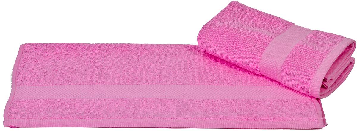 Полотенце Hobby Home Collection Beril, цвет: розовый, 50 х 90 см68/5/1Полотенце Hobby Home Collection Beril выполнено из 100% хлопка. Изделие отлично впитывает влагу, быстро сохнет, сохраняет яркость цвета и не теряет форму даже после многократных стирок. Такое полотенце очень практично и неприхотливо в уходе. А простой, но стильный дизайн полотенца позволит ему вписаться даже в классический интерьер ванной комнаты.
