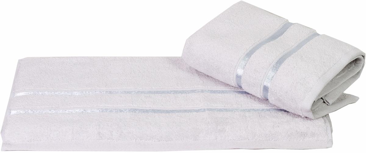 Полотенце Hobby Home Collection Dolce, цвет: светло-голубой, 50 х 90 см531-105Полотенце Hobby Home Collection Dolce выполнено из 100% хлопка. Изделие отлично впитывает влагу, быстро сохнет, сохраняет яркость цвета и не теряет форму даже после многократных стирок. Такое полотенце очень практично и неприхотливо в уходе. А простой, но стильный дизайн полотенца позволит ему вписаться даже в классический интерьер ванной комнаты.