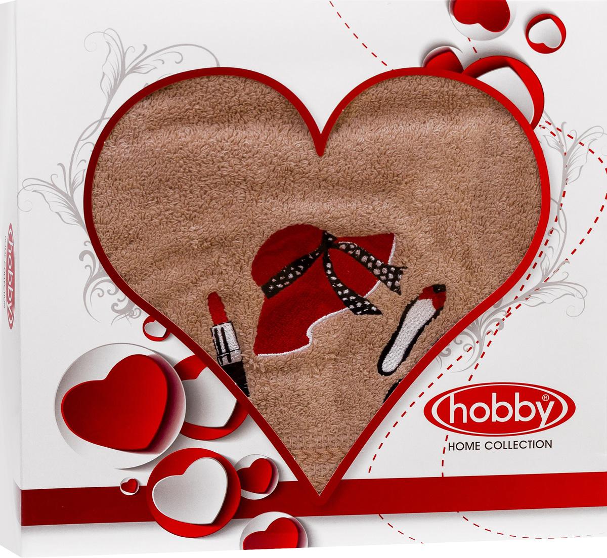 Полотенце Hobby Home Collection Love, 50 х 90 см. 150100050268/5/3Полотенце Hobby Home Collection Love выполнено из 100% хлопка. Изделие отлично впитывает влагу, быстро сохнет, сохраняет яркость цвета и не теряет форму даже после многократных стирок. Такое полотенце очень практично и неприхотливо в уходе. А простой, но стильный дизайн полотенца позволит ему вписаться даже в классический интерьер ванной комнаты.