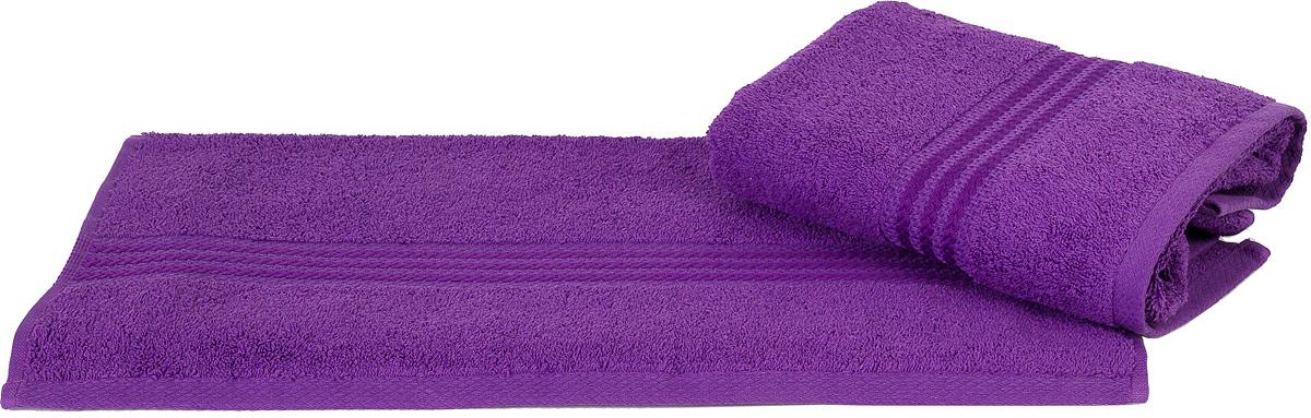 Полотенце Hobby Home Collection Rainbow, цвет: темно-лиловый, 70 х 140 см391602Полотенце Hobby Home Collection Rainbow выполнено из 100% хлопка. Изделие отлично впитывает влагу, быстро сохнет, сохраняет яркость цвета и не теряет форму даже после многократных стирок. Такое полотенце очень практично и неприхотливо в уходе. А простой, но стильный дизайн полотенца позволит ему вписаться даже в классический интерьер ванной комнаты.