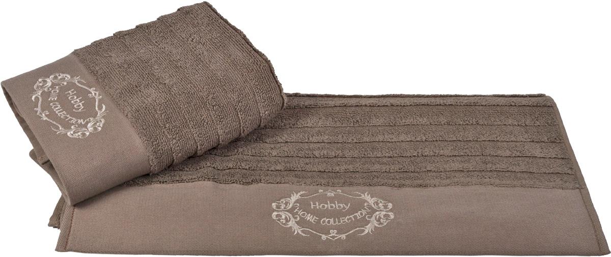 Полотенце Hobby Home Collection Zafira, цвет: коричневый, 50 х 90 см97775318Полотенце Hobby Home Collection Zafira выполнено из 100% хлопка. Изделие отлично впитывает влагу, быстро сохнет, сохраняет яркость цвета и не теряет форму даже после многократных стирок. Такое полотенце очень практично и неприхотливо в уходе. А простой, но стильный дизайн полотенца позволит ему вписаться даже в классический интерьер ванной комнаты.