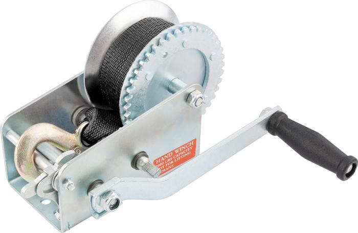Лебедка ручная Matrix, ленточная, тяга 0,8 тRC-100BWCЛенточная лебедка Matrix имеет прочный стальной корпус и стальной шестеренчатый механизм, который приводится в движение вращением ручки. Предназначена только для горизонтального перемещения грузов. Используется при установке оборудования, такелажных и погрузочно-разгрузочных работах. Лебедка особенно удобна при работах вне помещения, при отсутствии электричества. Запрещается использовать для подъема грузов.